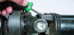 Замена карданной крестовины на ВАЗ 2107